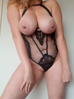 I Want You To Jerk Off Looking At My Body..
