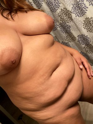 So Horny 😘 I'm Going To Shower And Make Myself Cum With My Fingers
