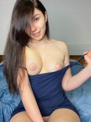 Wanna Cum On My Tits?