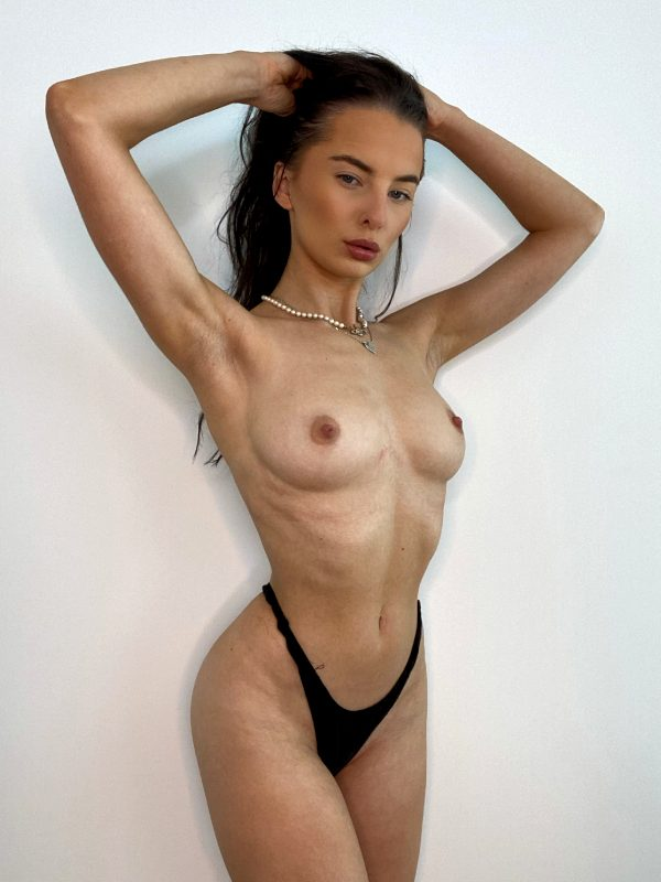just-showing-you-my-new-bikini-no-theres-no-top-as-we-wont-be-needing-it_001